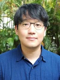 Jonghyun Harry Lee
